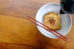 Cook instant noodles royalty free stock photos