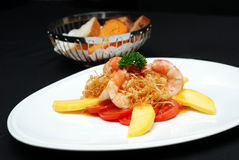 Cook Shrimp with Mango Royalty Free Stock Photos