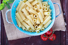Cooked rigatoni pasta in a colander Royalty Free Stock Photography