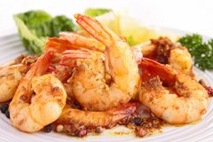 Cooked shrimp and parsley. Close up on cooked shrimp and parsley Royalty Free Stock Photography