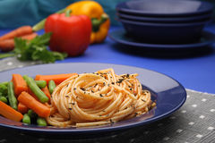 Cooked spaghetti and vegetables Royalty Free Stock Photo
