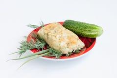 cookery A batata e o queijo rolam com vegetais fotografia de stock royalty free