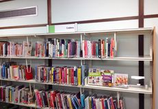 Cookery książki na półce Zdjęcia Stock