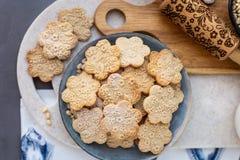 Cookie com testes padrões decorativos Fotos de Stock