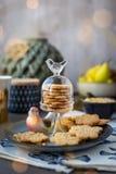Cookie com testes padrões decorativos Imagens de Stock