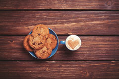 Cookie and cup Royalty Free Stock Photography