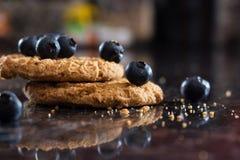 Cookie de farinha de aveia do mirtilo Imagens de Stock Royalty Free