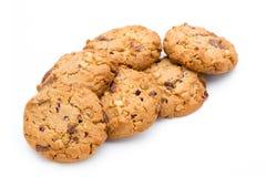 Cookie dos pedaços de chocolate isolada no fundo branco Imagens de Stock Royalty Free