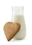 Cookie e leite do coração Imagens de Stock