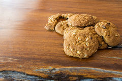 Cookie no assoalho de madeira Imagens de Stock
