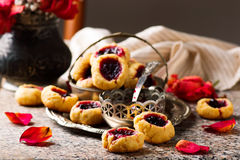 Cookies with blackcurrant jam..style rustic Royalty Free Stock Photography
