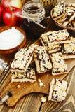 Cookies caseiros com doce do fruto Fotografia de Stock