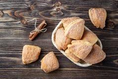 Cookies caseiros da canela imagens de stock