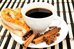 Cookies, coffee and cinnamon Royalty Free Stock Photography