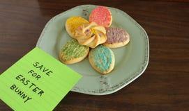 Cookies coloridas da Páscoa Imagens de Stock Royalty Free