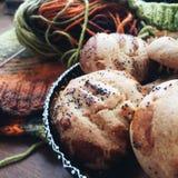 Cookies com confecção de malhas Fotos de Stock