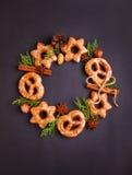 Cookies com especiarias canela e anis Fotos de Stock Royalty Free