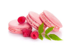Cookies cor-de-rosa do macaron da framboesa Fotografia de Stock