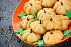 Cookies da abóbora para crianças Imagens de Stock