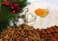 Cookies de açúcar caseiros recentemente cozidas do Natal fotos de stock