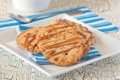 Cookies de biscoito amanteigado salgadas do caramelo Fotos de Stock Royalty Free