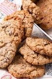 Cookies de passa da farinha de aveia Fotos de Stock