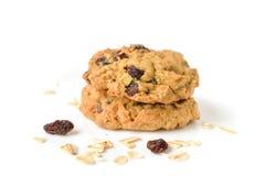Cookies de passa da farinha de aveia no fundo branco Foto de Stock Royalty Free