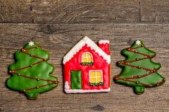 Cookies deliciosas do Natal prontas para ser comido imagem de stock