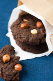 Cookies do chocolate com porcas Fotos de Stock Royalty Free