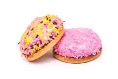 Cookies do marshmallow com Sugar Sprinkles colorido Imagens de Stock