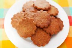 Cookies do mel com canela Fotos de Stock