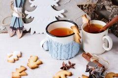 Cookies do Natal do biscoito amanteigado para copos Fotografia de Stock Royalty Free
