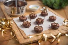 Cookies do Natal do chocolate Imagens de Stock Royalty Free