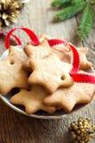 Cookies do Natal do pão-de-espécie Fotografia de Stock