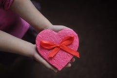 Cookies Doce sob a forma de um coração Imagem de Stock Royalty Free
