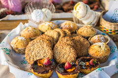 Cookies e queques de farinha de aveia fotografia de stock