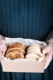 Cookies em uma caixa Fotografia de Stock