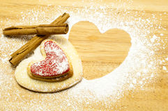cookies heart shaped στοκ εικόνα με δικαίωμα ελεύθερης χρήσης