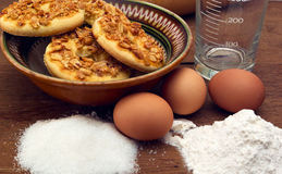 Cookies recipe. This photo shows how to cook biscuits. The photo shows the ingredients used to prepare cookies. Photo Made in the artificial osyeschenii ( Royalty Free Stock Photo