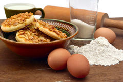 Cookies recipe. This photo shows how to cook biscuits. The photo shows the ingredients used to prepare cookies. Photo Made in the artificial osyeschenii ( Stock Photography