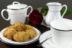 Cookies and tea set Royalty Free Stock Photography