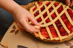 Cooking fruit pie, baking Royalty Free Stock Images