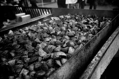 Cooking potatoes at a street market Royalty Free Stock Images