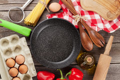 Cooking utensils and ingredients Royalty Free Stock Photos