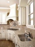 cooktop敞篷厨房豪华水槽 免版税图库摄影