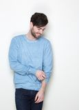 Cool guy with casual clothes smiling Royalty Free Stock Photography