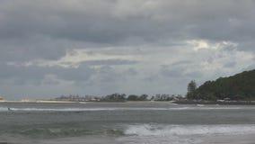 Coolangatta ορατό από το Palm Beach, Gold Coast, Αυστραλία απόθεμα βίντεο