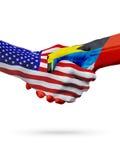 Cooperación del concepto de las banderas de Estados Unidos, de Antigua y de Barbuda, negocio, competencia de deportes Fotos de archivo