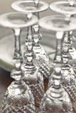 Copas de vino en el vector Foto de archivo