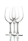 Copas de vino vacías en blanco Imagen de archivo